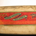 PIKES EXTRA WASHITA OIL STONE FINE LABEL